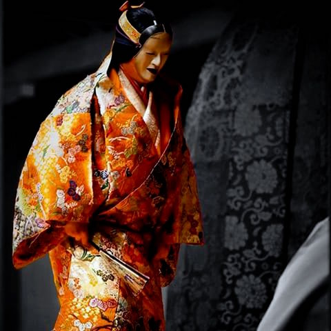 Mask name - 増女 (zou-onna) 撮影 上杉遥