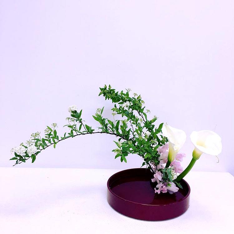 Ikebana, Moribana Slanting style