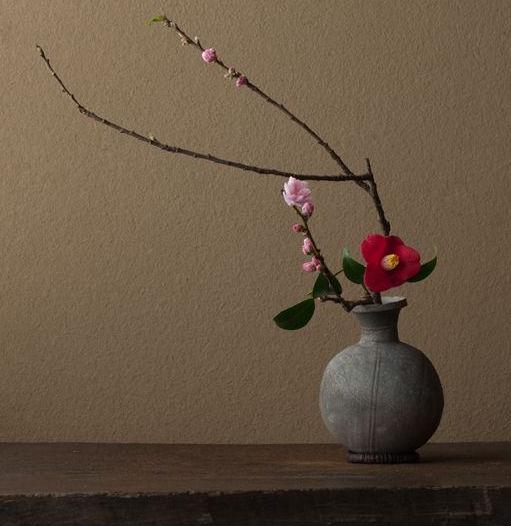 Ikebana with Camellia by Toshiro Kawase