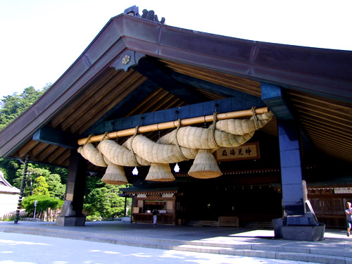 Exceptionally Shimenawa at Izumo Taisha in Shimane