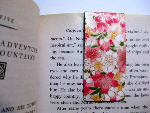 chiyogami pink floral magnetic bookmark