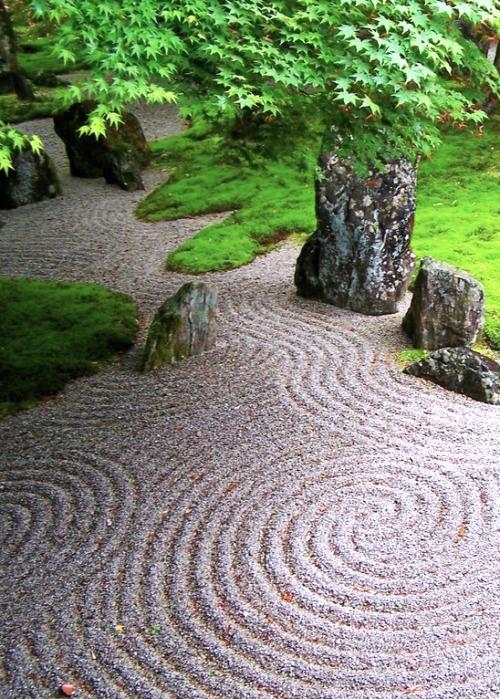 Zen Dry Rock Garden