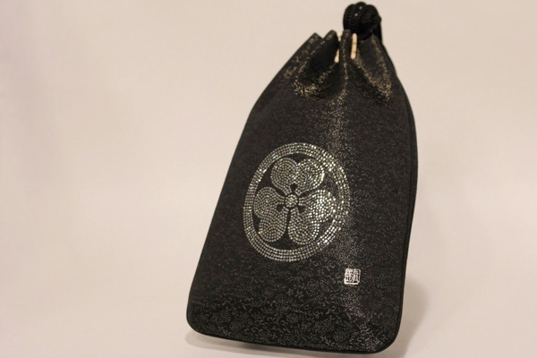 Gassai-bukuro, Small purse with Crystal Kamon